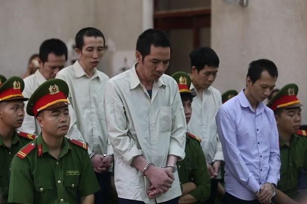 Nhóm bị cáo bắt cóc, hãm hiếp và sát hại nữ sinh giao gà ở Điện Biên kháng cáo.