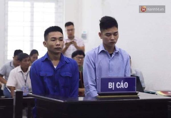 Hai đối tượng sát hại nam sinh viên chạy Grab bị đưa ra xét xử tại phiên toà.
