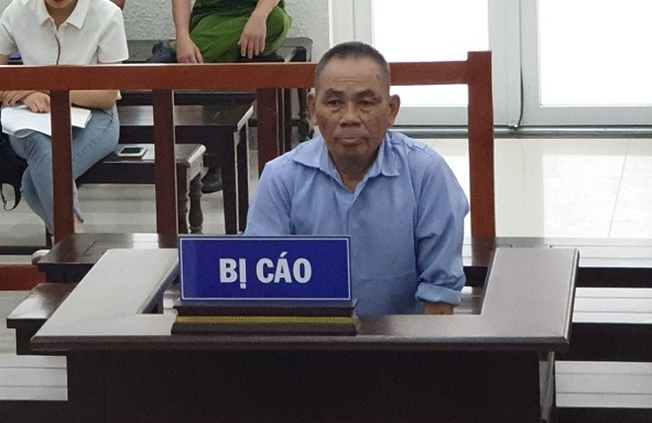 Bị cáo Nguyễn Đắc Thung bị đưa ra xét xử tại phiên tòa.