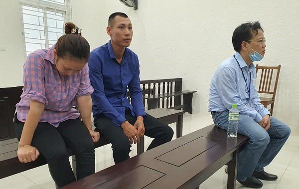 Các bị cáo tổ chức mang thai hộ bị đưa ra tòa xét xử