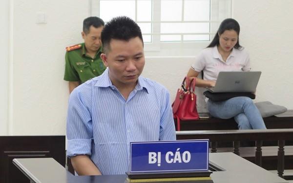 Bị cáo Nguyễn Văn Khanh bị đưa ra xét xử tại phiên tòa.