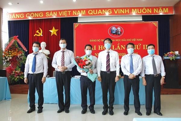 Đại hội Đảng bộ PVU diễn ra trong mùa Covid-19