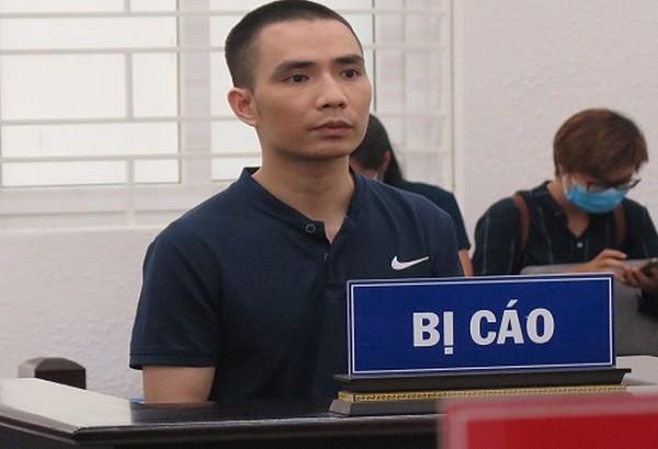 Bị cáo Phạm Văn Dũng tại phiên tòa.