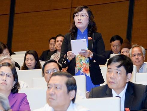 ĐBQH Nguyễn Thị Kim Bé