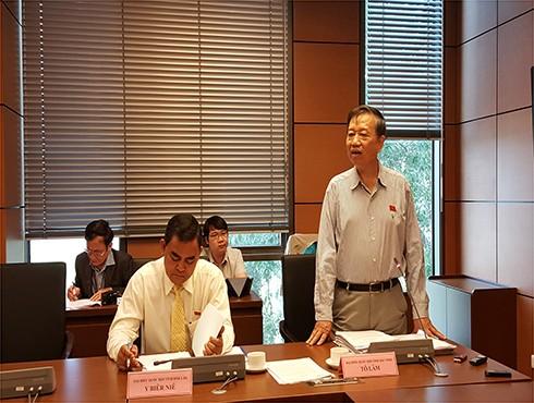 Thượng tướng Tô Lâm, Ủy viên Bộ Chính trị, Bộ trưởng Bộ Công an phát biểu tại phiên thảo luận tổ về Dự án Luật Du lịch (sửa đổi)