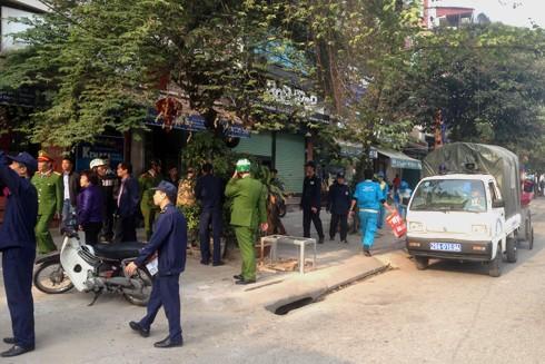 Lực lượng chức năng và các phương tiện của phường Ngọc Khánh được chuẩn bị kỹ lưỡng