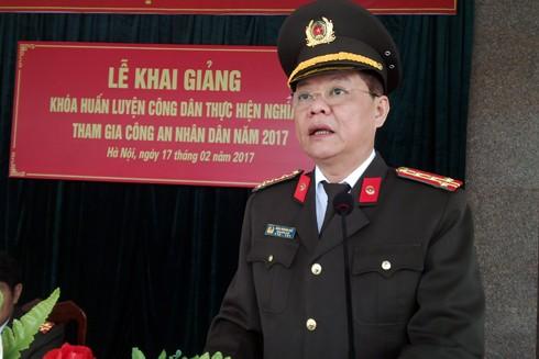 Đại tá Đào Thanh Hải, Phó Bí thư Đảng ủy, Phó giám đốc CATP Hà Nội dự và phát biểu tại buổi lễ