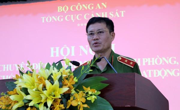 Trung tướng Đỗ Kim Tuyến phát biểu tại hội nghị