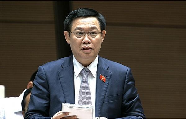 Phó Thủ tướng Vương Đình Huệ trả lời báo cáo một số lĩnh vực thuộc