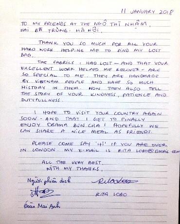 Xúc động trước tinh thần trách nhiệm và sự thân thiện của các chiến sĩ Công an Việt Nam, chị Rita đã viết thư bày tỏ tấm lòng cảm ơn khi nhận được lại hành lý đã bị thất lạc