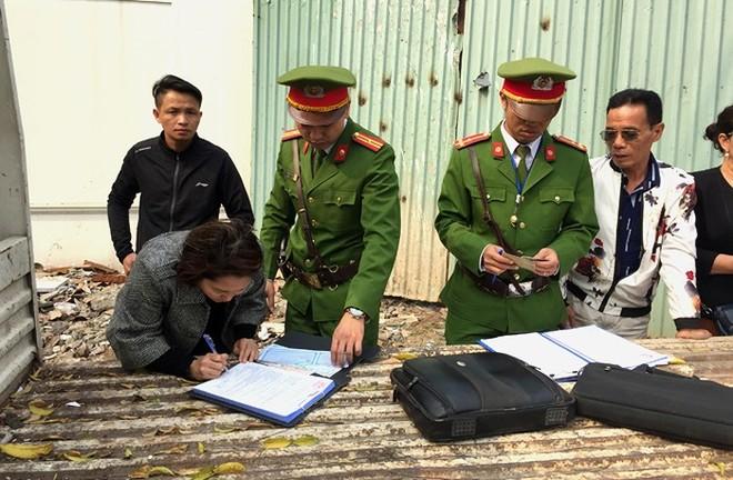 Lực lượng CATP kiên quyết xử lý nghiêm các trường hợp vi phạm về MBH khi tham gia giao thông