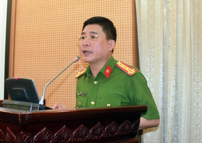 Đại tá Nguyễn Tuấn Anh - Phó Giám đốc CATP phát biểu tại hội nghị