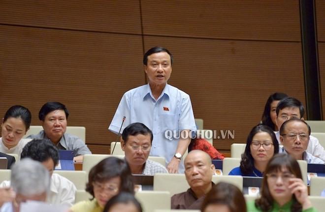 ĐB Bùi Văn Xuyền (Đoàn Thái Bình) nêu câu hỏi chất vấn Bộ trưởng Bộ GTVT