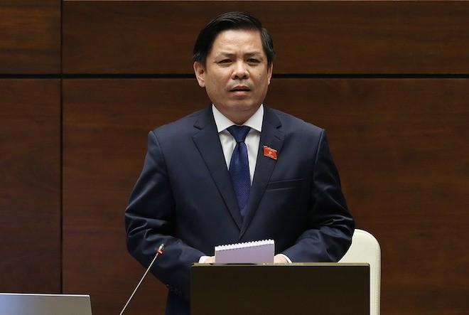 Bộ trưởng Nguyễn Văn Thể trả lời chất vấn