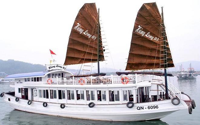 Tàu Hùng Long 66QN-6096