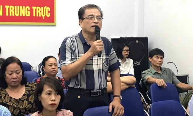 Ông Ngô Trần Trọng đóng góp ý kiến của mình tại hội nghị