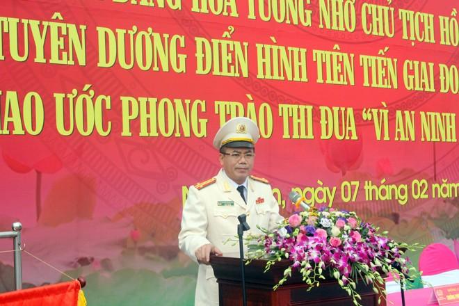 Đại tá Nguyễn Thanh Tùng, Phó Giám đốc CATP Hà Nội phát biểu tại buổi lễ