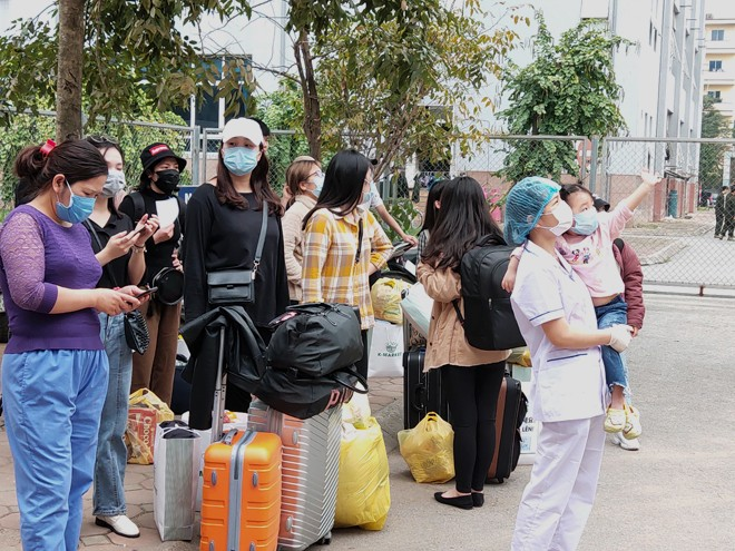 Trong số 38 trường hợp hết thời hạn cách ly tập trung theo quy định thì có 12 trường hợp mang quốc tịch Hàn Quốc và 26 trường hợp là công dân Việt Nam