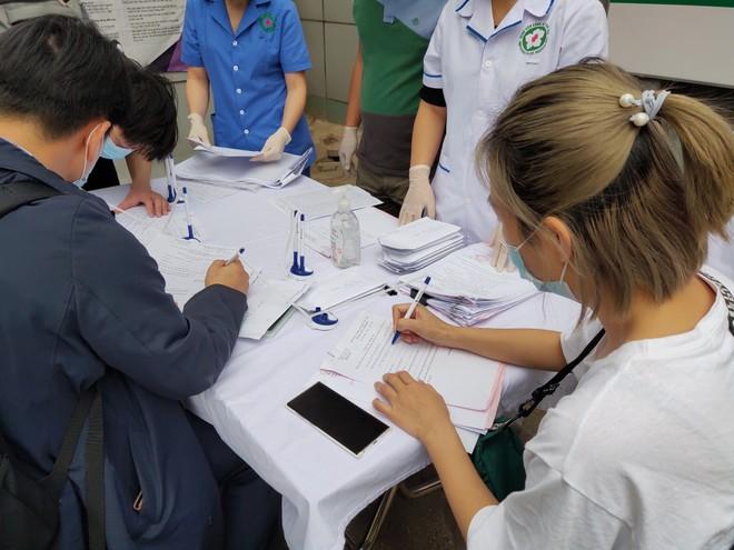 Một số trường hợp là công dân Hàn Quốc khai vào tờ khai y tế theo quy định