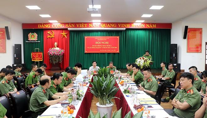 Các đơn vị trong Cụm thi đua số 7 của CATP Hà Nội tại Hội nghị sơ kết 6 tháng đầu năm do CATX Sơn Tây (Cụm phó cụm thi đua) tổ chức
