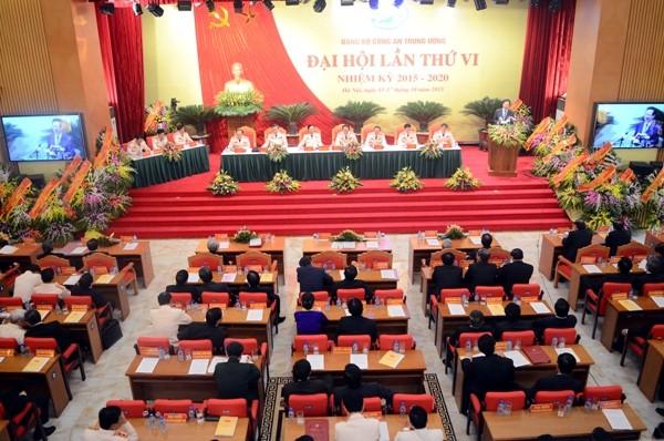 Quang cảnh Đại hội sáng nay, 16-10