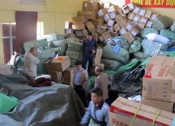 Một phần số hàng bị tạm giữ