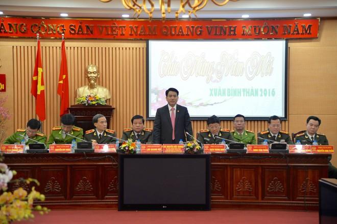 Đồng chí Nguyễn Đức Chung phát biểu tại hội nghị