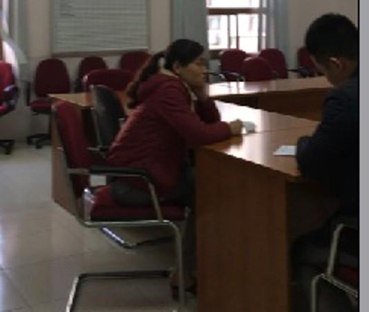 Chị N.P.A được CQĐT CAQ Long Biên mời đến làm việc, chiều 1-3