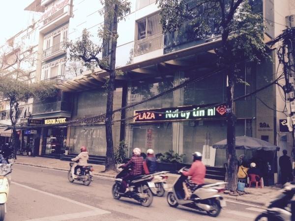 Cửa hàng của Công ty Phú Cường đóng cửa trong buổi sáng 7-3