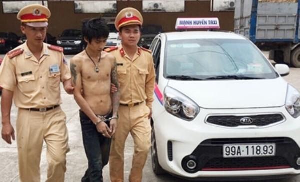Nam thanh niên có mặt trên xe taxi cùng số ma túy