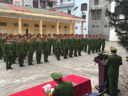 Tiểu đoàn Cảnh sát cơ động đặc nhiệm rèn điều lệnh, võ thuật ảnh 1