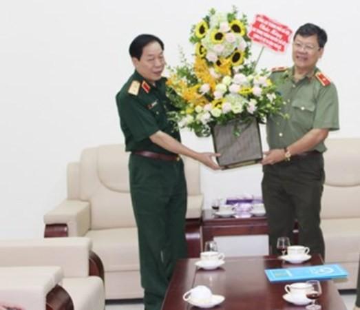 Chúc mừng lãnh đạo Bộ Tư lệnh Thủ đô được thăng cấp bậc hàm ảnh 1