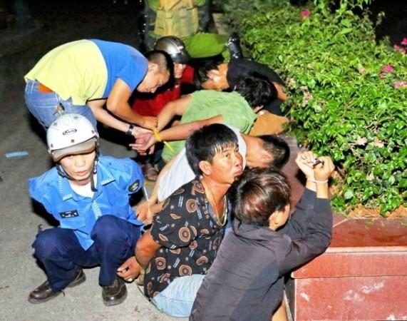 Một số đối tượng có hành vi gây rối an ninh trật tự bị lực lượng chức năng tỉnh Bình Thuận khống chế