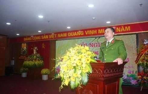Đại tá Đinh Huy Hoàng - Trưởng CAQ Hai Bà Trưng phát biểu tiếp thu ý kiến chỉ đạo của lãnh đạo CATP và Quận