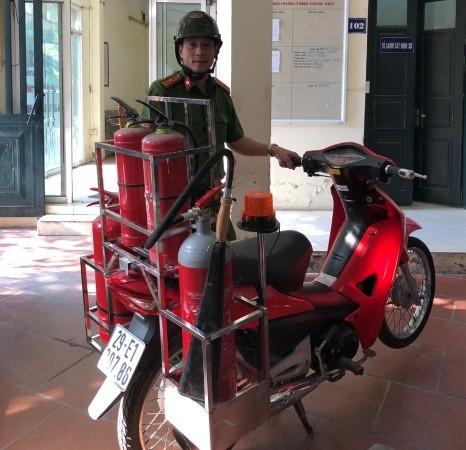 Phương tiện chữa cháy cơ động đang được CAP Vĩnh Tuy hoàn thiện