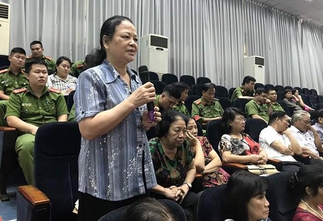"""""""Công an lắng nghe ý kiến nhân dân"""" đang là hội nghị được Công an cơ sở trên địa bàn thành phố Hà Nội tổ chức sôi nổi, thiết thực"""