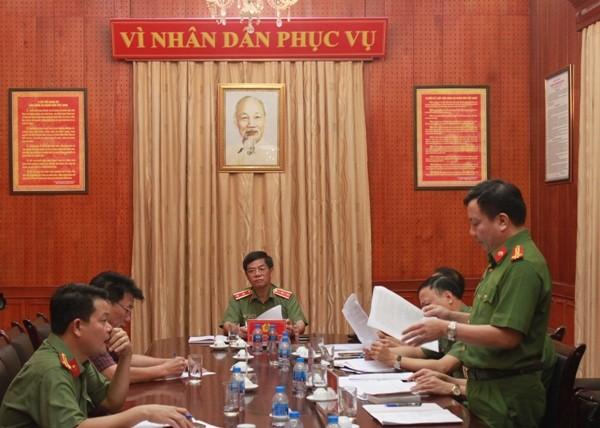 Trung tướng Đoàn Duy Khương - Giám đốc Công an thành phố Hà Nội chủ trì buổi tiếp công dân, chiều 17-10