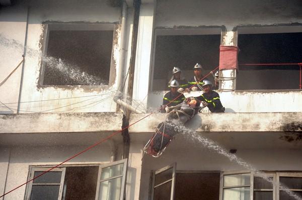 Diễn tập kỹ năng cứu hộ, cứu nạn