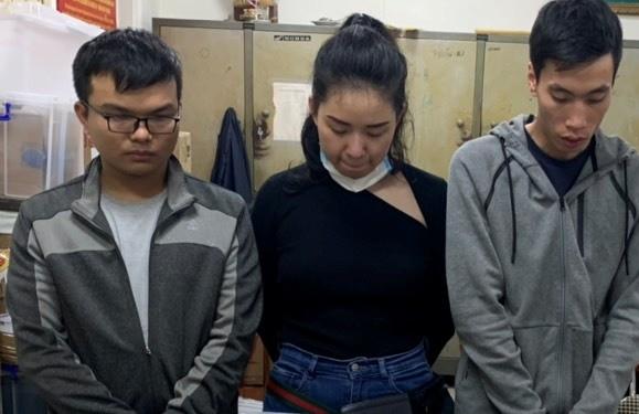 Ba cá nhân bị xác định có hành vi mua bán xì gà nghi nhập lậu