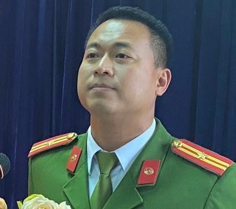 Thiếu tá Phạm Trung Khánh Tùng – Trưởng Công an phường Vĩnh Tuy, quận