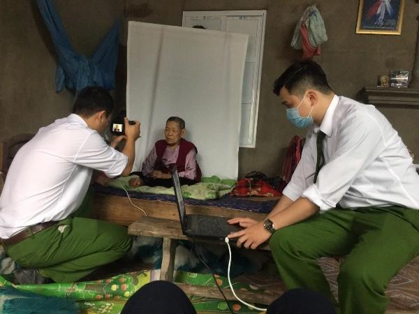 Sự tận tình, chuyên nghiệp của Công an huyện Phú Xuyên đã để lại ấn tượng tốt đẹp với người dân