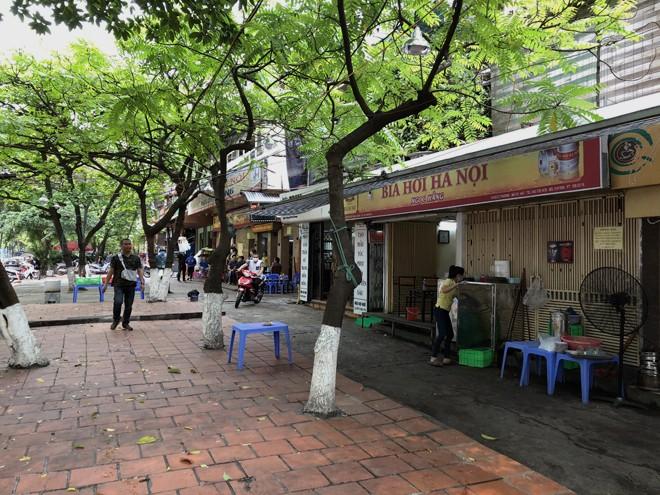 """Quán bia """"Ngọc Hằng"""" trên phố Huỳnh Thúc Kháng bắt đầu tạm ngừng hoạt động"""
