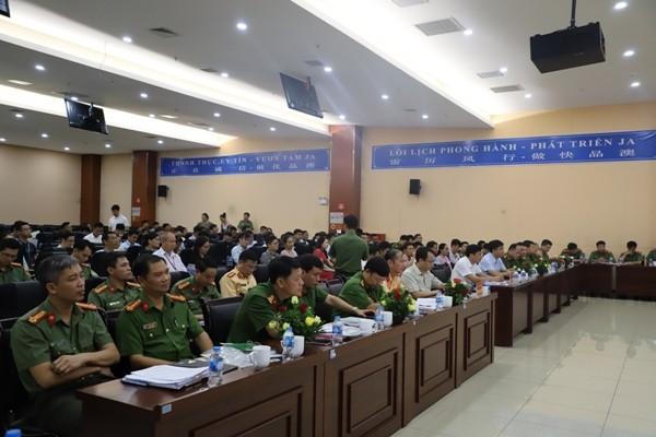 Hội nghị đối thoại đã lắng nghe, trao đổi nhiều vấn đề hữu ích liên quan đến công tác đảm bảo ANTT
