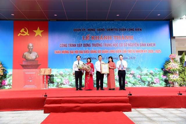 Đồng chí Đỗ Mạnh Hải - Bí thư Quận ủy, Chủ tịch HĐND quận Long Biên;