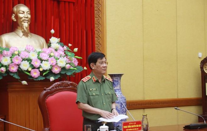 Thứ trưởng Nguyễn Văn Sơn chủ trì, phát biểu tại buổi họp