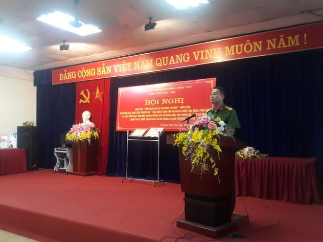Trung tá Phạm Trung Khánh Tùng báo cáo tình hình, kết quả công tác đảm bảo