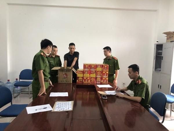 Đội Cảnh sát kinh tế đấu tranh với đối tượng buôn bán pháo