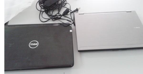 2 trong số 5 chiếc máy tính xách tay Ba trộm cắp được