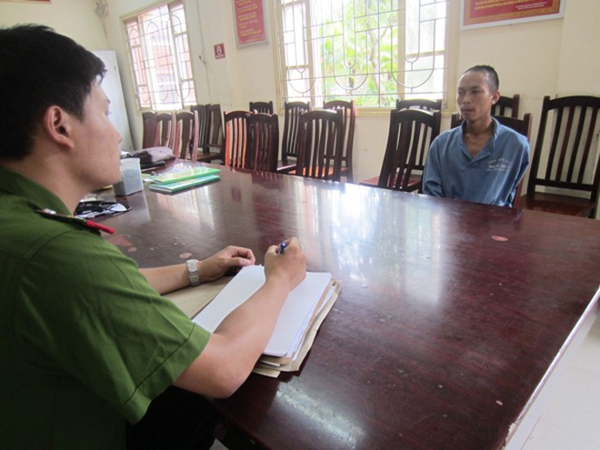 Cơ quan CSĐT CAQ Nam Từ Liêm lấy lời khai của Trần Mạnh Minh