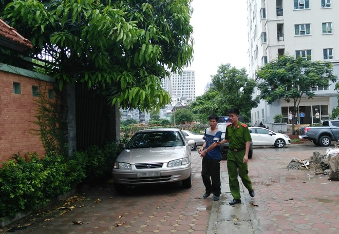 Dẫn giải Nguyễn Văn Tuân đến hiện trường gây án